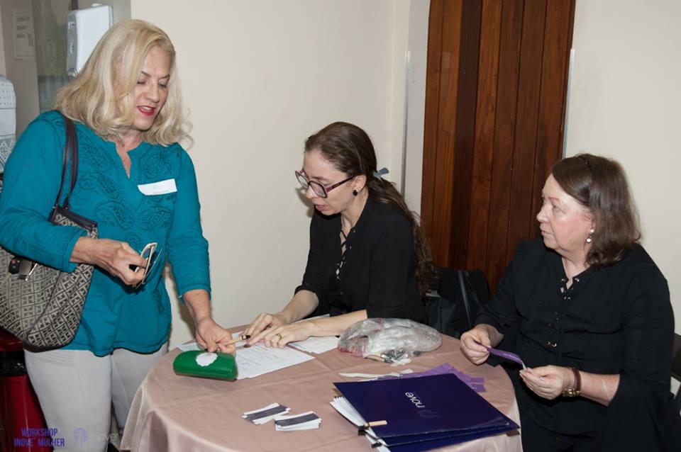recepcionistas-para-eventos (2)